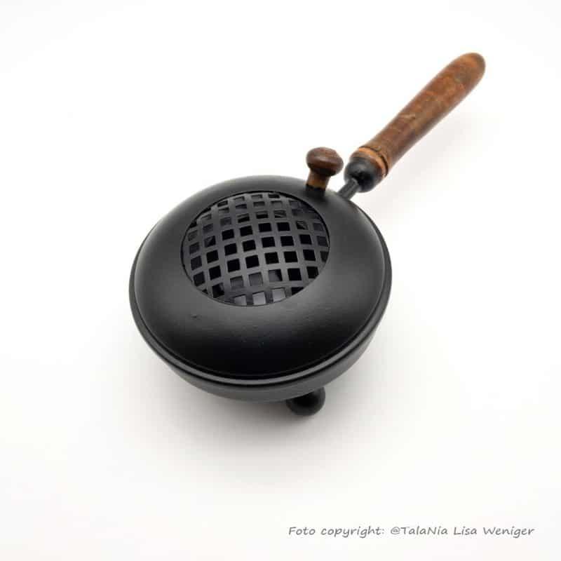 Räuchergefäß Reinigung Eisen mit Holzgriff TalaNia Produktbild