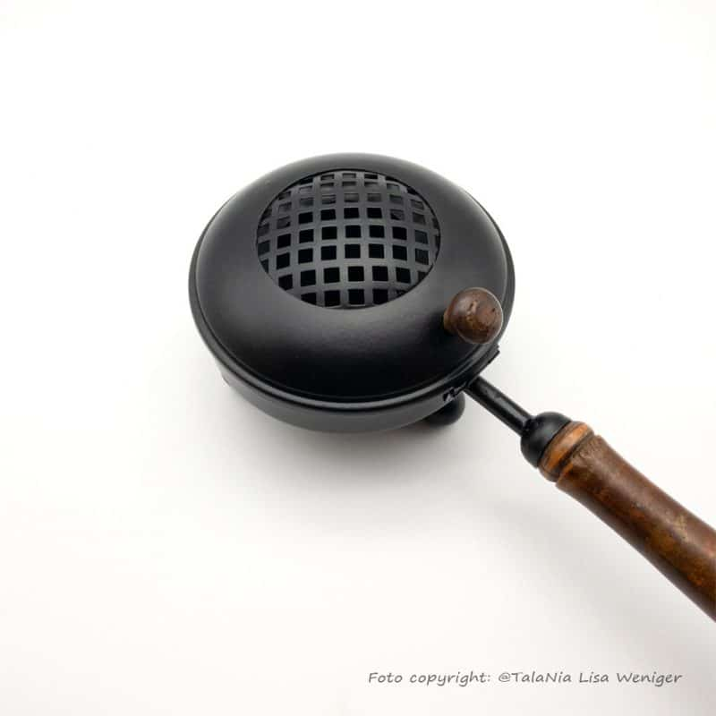 Räuchergefäß Reinigung Eisen mit Holzgriff TalaNia Produktbild2