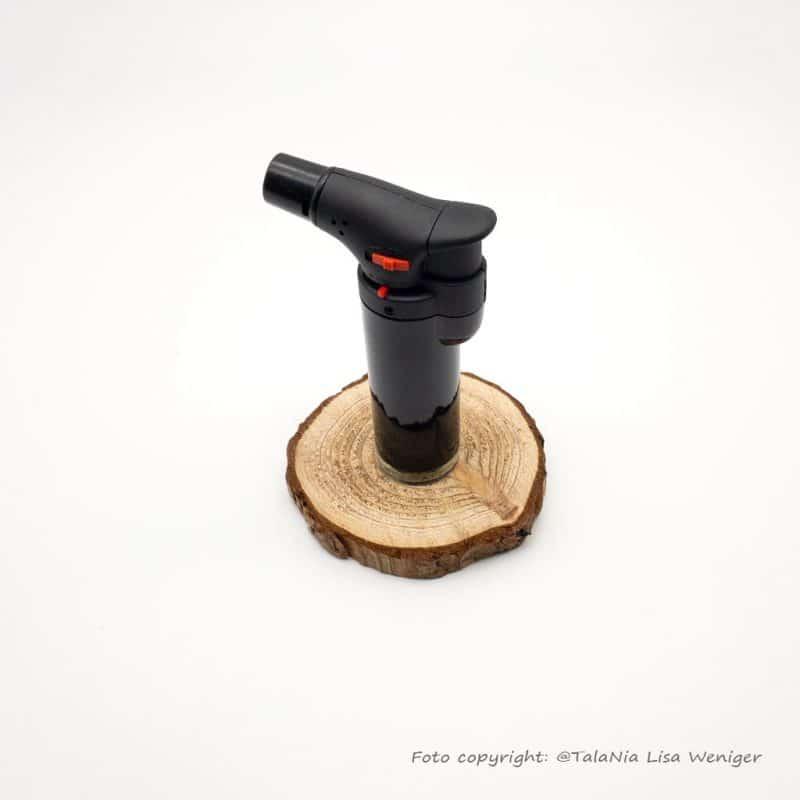 Gasfeuerzeug zur Reinigung von Räuchersieb Produktbild TalaNia